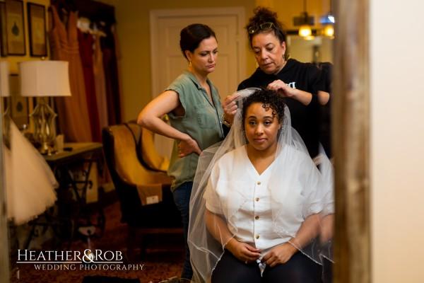 Leah & Jonathan Wedding Inn at Leola Village-121