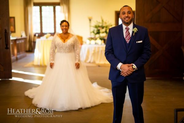 Leah & Jonathan Wedding Inn at Leola Village-141