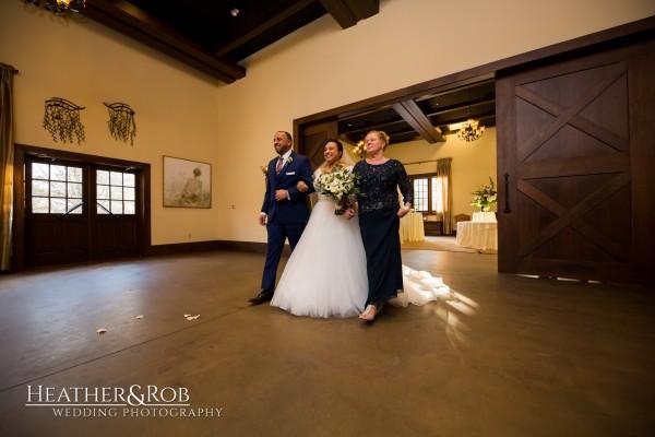 Leah & Jonathan Wedding Inn at Leola Village-156